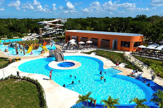 Cozumel: Playa Mia Water Park and Shopping