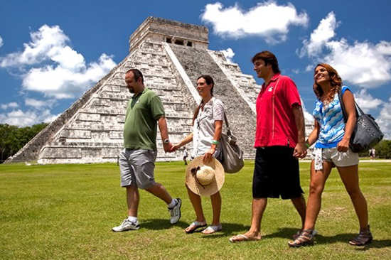 Chichen Itza from Cancun (Luxury)